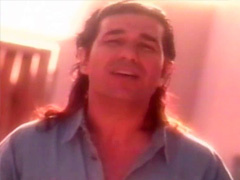 Andy-kouros-dokhtareh-hamsayehec524079-original