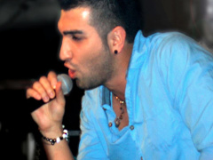 Hossein Tohi - 'Concert Backstage'